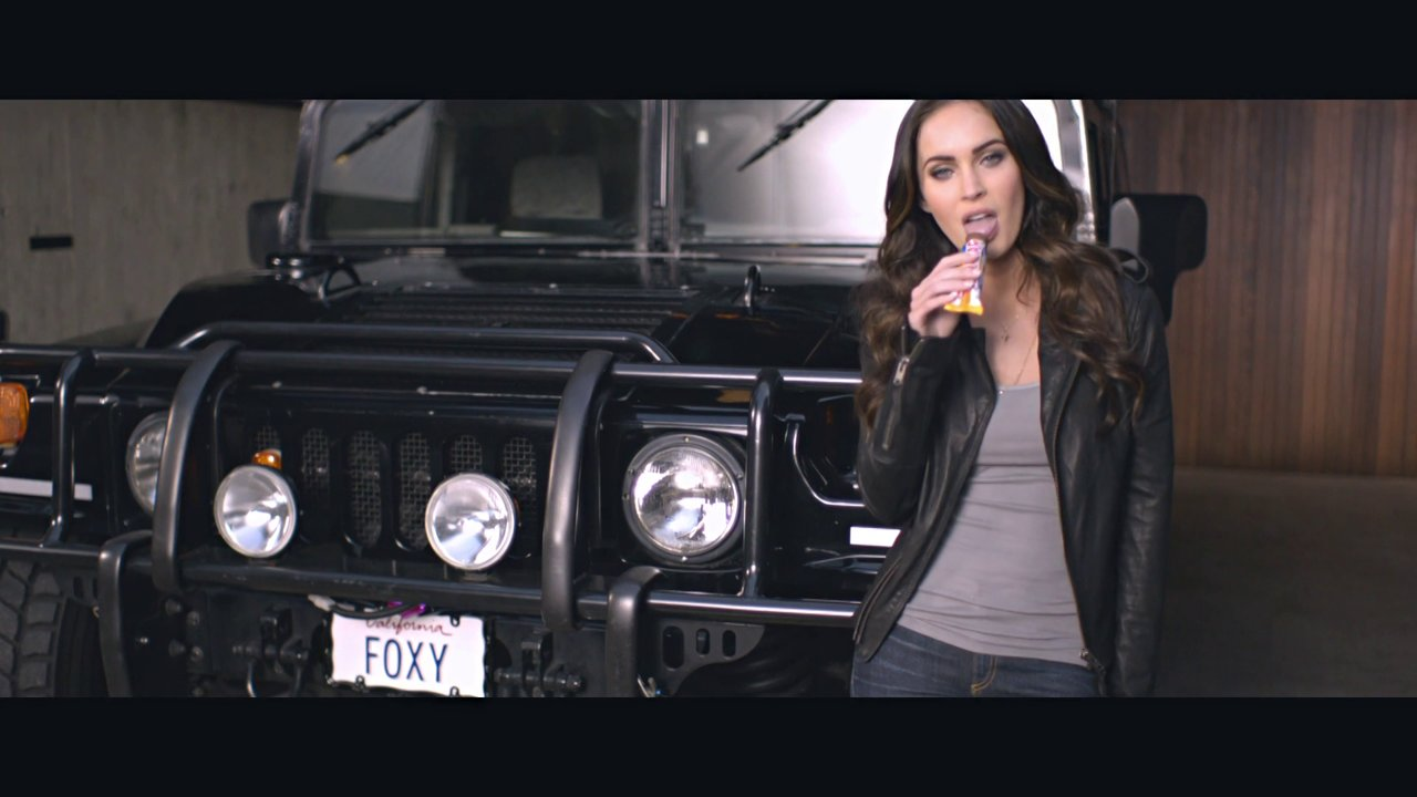 "MARABOU ""StarBar feat. Megan Fox"""